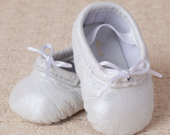 Baby Ballet Slippers - Pearl White - premie newborn toddler ballet slippers moccasins