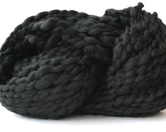 POPO  Super Bulky Wool Yarn Black Color