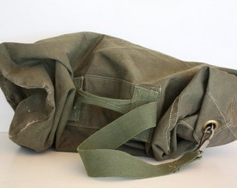 Vintage Military Green Canvas Large Duffle Bag