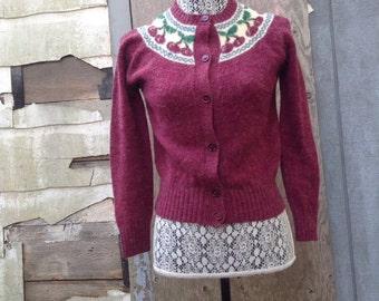1970s vtg fruit cardigan cherry knit sweater cute wool fall Huckapoo