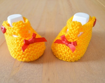 Hand knitted t-bar shoes for new baby ~ Sunshine Yellow