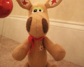 Chartreuse the Christmas Moose