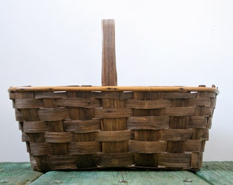 Large Italian woven basket