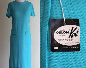 SALE: Vintage 60s Mod Shift Dress -  Light Blue Knit Deadstock Dress - Teal Short Sleeve Twiggy Dress - Mad Men Dress - Size Small / Medium