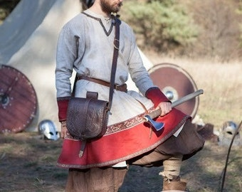 Medieval Leather Bag; Viking Bag; Men's Pouch; Bag with embossing and removable shoulder strap;