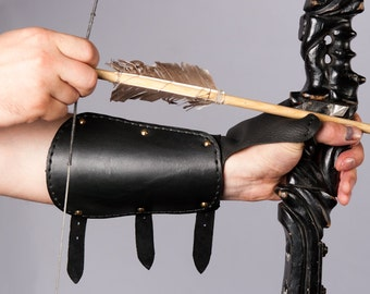 Medieval Archer Shooting Gloves with Wrist Bracer; Functional bracer with glove