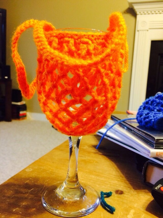 Free Pattern Crochet Wine Glass Holder : Crochet Wine Glass Holder hands free