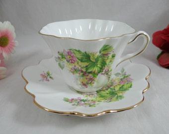 Vintage 1960s English Bone China Teacup English Teacup and Saucer - Charming Tea Cup