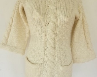 Vintage Sweater1970's Boho Cable Knit Ivory Wool Blend Fitted Tunic Style White Sweater 2 Front Patch Pockets Size S Made in Hong Kong 1970s