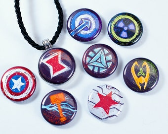 Avengers Necklace // Magnetic Avengers Necklace // Loki, Thor, Black Widow, Iron Man, Hawkeye, Captain America, Winter Soldier, The Hulk