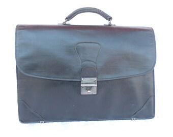 Vintage Black Leather Briefcase  Bag by SCHLESINGER