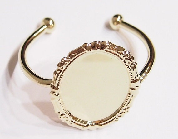40x30 mm Shiny Gold Victorian Decorative Bracelet or Cuff Setting,  Great for Cameos, Cabs, or Glass
