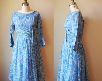 1950s Blue Sky floral dress// tea party // vintage dress
