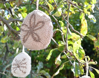Christmas Sand Dollar Decoration Knitting Pattern