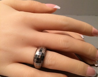 Sterling Silver Ring .925 shimmering prism cut SALE