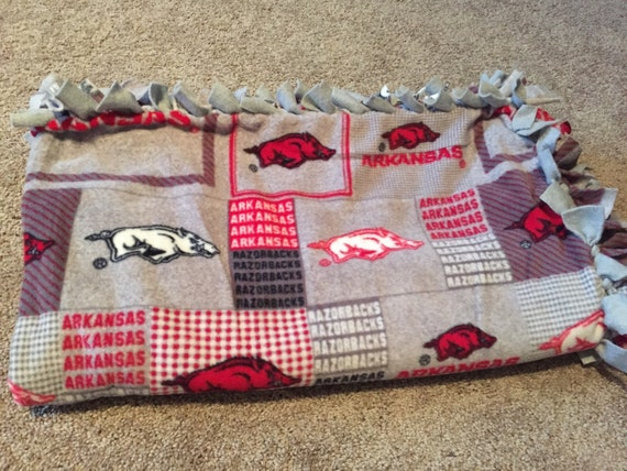 University Of Arkansas Razorbacks Fleece Tie By