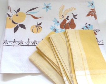 Vintage Fruit Tablecloth & Napkin Set