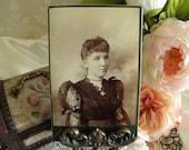 Victorian Women Cabinet Card Photo