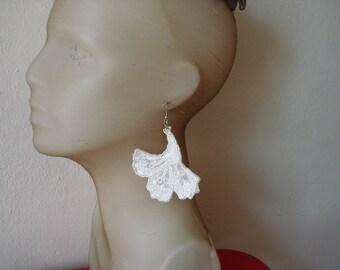 Gingko Leaf Lace flower Earrings, Leaf Earrings, fiber  dangle earrings