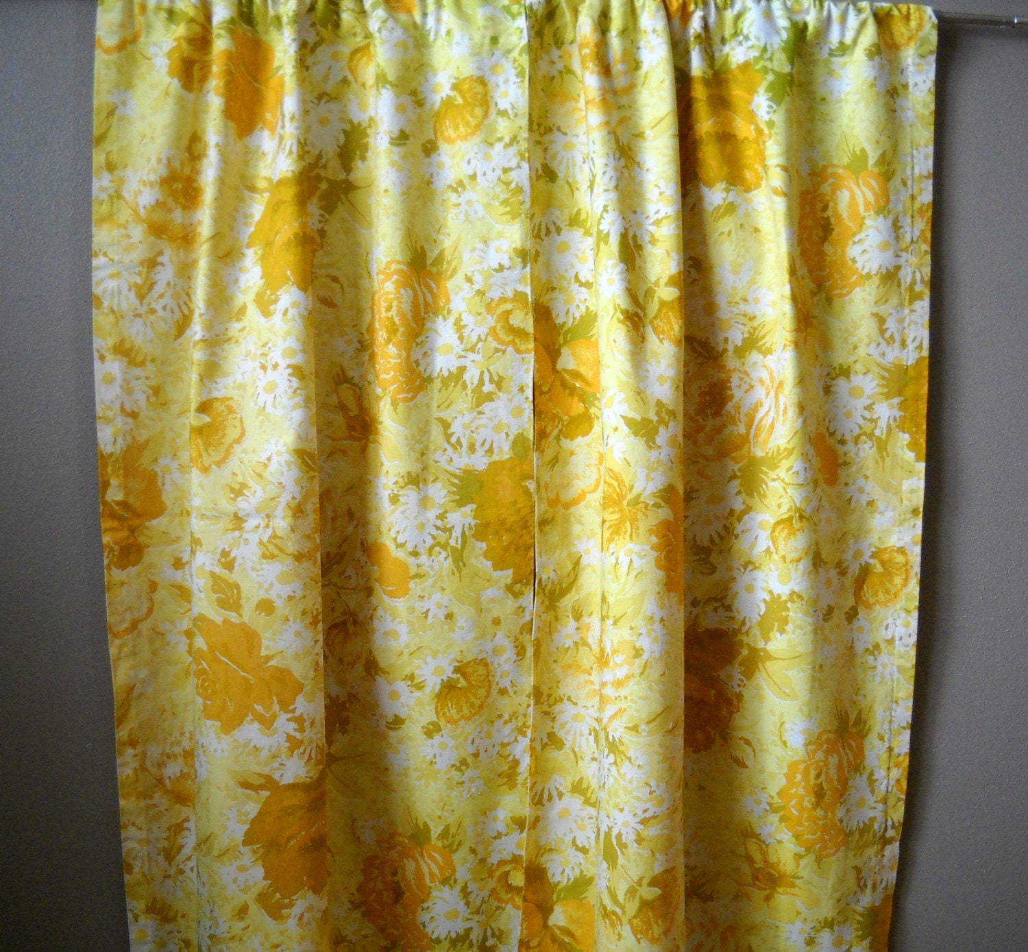 Vintage floral curtains by MonarkVintage on Etsy