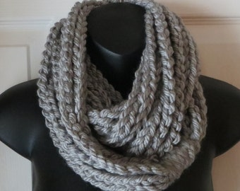 More Colors Available..Chunky Grey Infinity Scarf..Cowl..Neck Warmer..Crochet Chain Scarf..Gift for friend..Accessory
