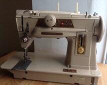 articles uniques correspondant 1950 sewing machine etsy. Black Bedroom Furniture Sets. Home Design Ideas