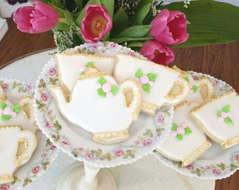 Vintage Teapot and teacup cookies