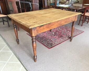 Gorgeous Primitive Pegged Pine Farm Table circa 19th Century