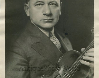 Violinist Efrem Zimbalist antique photo
