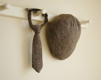 Dark brown tweed hat and necktie set, brown wool flat cap and tie, winter photo prop for baby boy, shower gift for boys - made to order