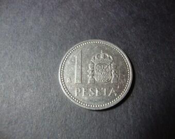 SALE - 1986 Spain 1 Peseta Coin - Una Peseta - One Peseta - Nice Design - Vintage World Coin - .65 Cent Ship - 1.25 Int'l Ship