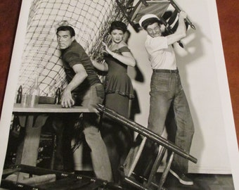 """Vintage 1952 Press Release photo*City Beneath the Sea"""" starring Robert Ryan, Susan Ball  and Anthony Quinn"""