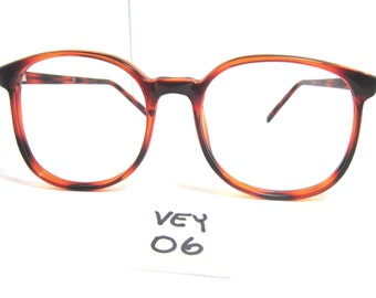 Vintage 1980s Round Women's Eyeglasses Frame in Amber Value Eyewear (VEY-06)
