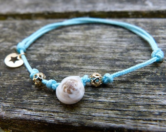 Summer adjustable bracelet with seashells and gold platted beads, little gold platted star, light blue cord