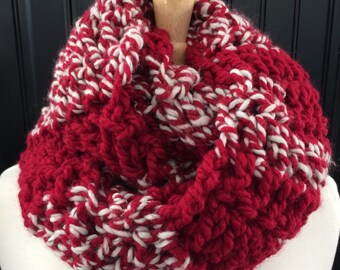 RTS Thick Stripe Cowl in Cranberry