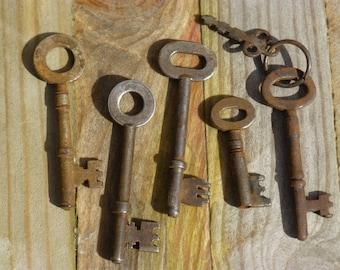 5 Antique Keys