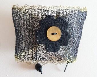 wire cuff in black
