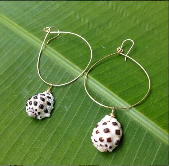 Hawaii Drupe Tear Drop Earrings