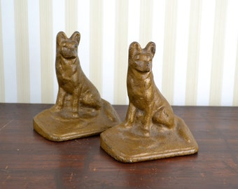 Vintage Cast Iron Dog Bookends