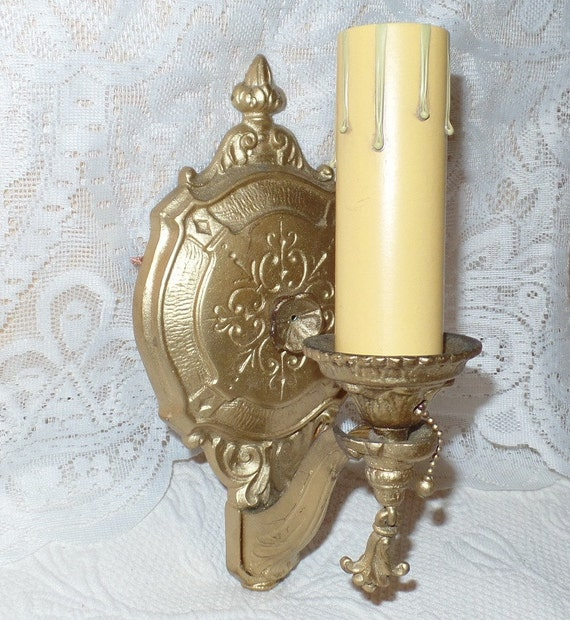 Wall Sconces Pull Chain : Ornate Victorian Electric Wall Sconce with Pull Chain-REWIRED