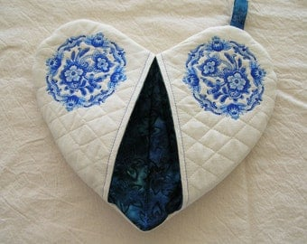 Blue Delft Flower  - Style B Heart Shape Pot Holder #9