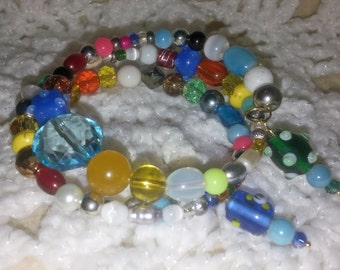 Beautiful Multicolored Beaded Memory Wire Bracelet (I 310)