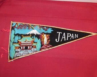 JAPAN SOUVENIR PENNANT Beautiful Details