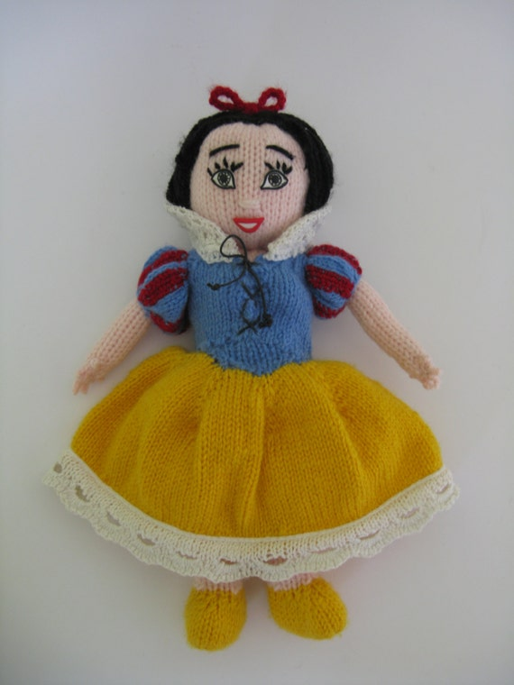 Knitting Pattern For Dwarf Hat : Knitted dolls Snow White and the Seven Dwarfs, pdf pattern ...