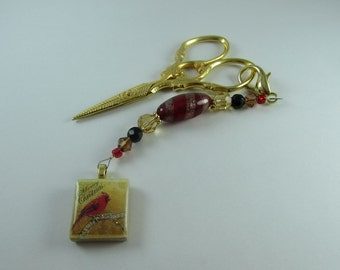 Beaded Scissor Fob or purse charm from Designs by Lisa with Cardinal image