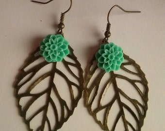 leave earrings cabochon flower