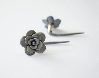 Unusual floral plug 6g 4 mm for stretched ears Real Custom Gauges unique metallic silver Steel flare piercing Flesh Tunnel girly expander