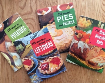 250  Delicious Dishes by Consolidated Book Publishers