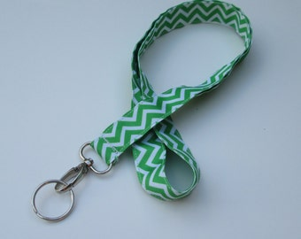 Green Chevron Lanyard Keychains for Women, Cool Lanyards for Keys, Id Badge Holder Necklace Lanyards, Cute Lanyards for Badges,Green Lanyard
