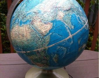 Vintage RAND McNALLY World Portrait Globe - Desk Globe - World Globe. 1960s world globe. Made in U.S.A.